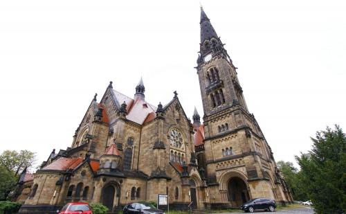 Die Garnisonkirche St. Martin an der Stauffenbergallee – Foto: Youssef Safwan