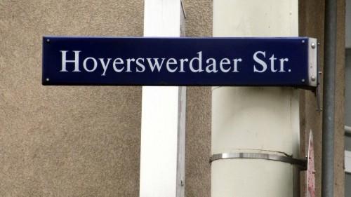 Die Hoyerswerdaer Straße trägt den Namen nach der Stadt seit 1946.