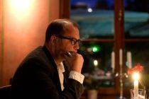 Launer liest im Bülow Palais - Foto: Frank Dehlis