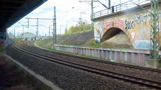 Nach endlos langen 90 Sekunden kam der Bahnhof Neustadt in Sicht.