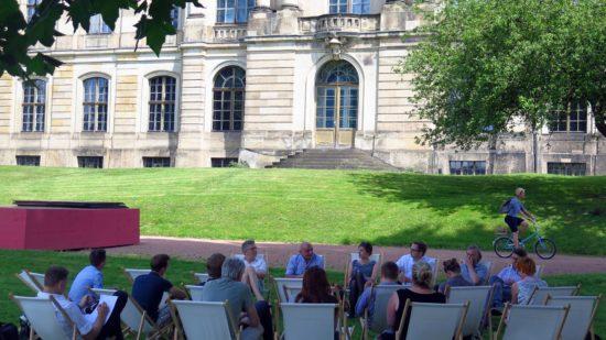 Pressekonferenz zum Palais-Sommer unter Platanen