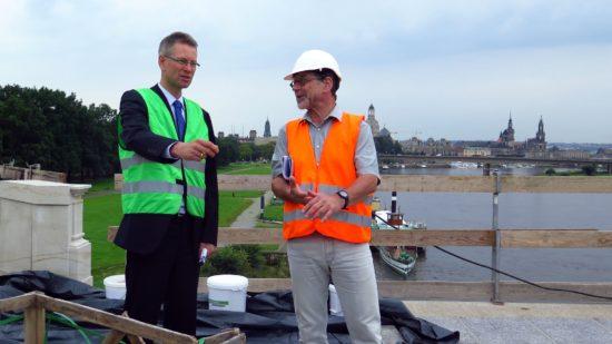 Andreas Hemmersbach und Reinhard Koettnitz auf der Albertbrücke