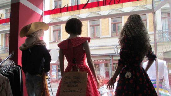 Blick aus dem Fummel & Leinen: Hier gibt es auch 60's-Mode