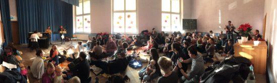 Babykonzert in der Aula der Waldorfschule
