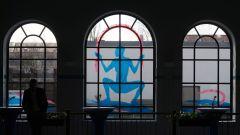 Interessante Gestaltung der Glasfassade