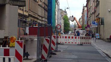 Gesperrte Louisenstraße - ab morgen wird es etwas weniger eng.