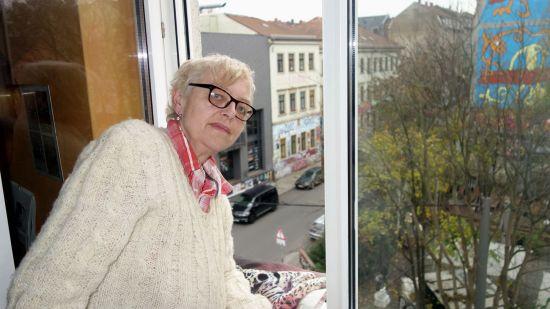 Zimmer mit Aussicht im Eckhaus über Alaun- und Louisenstraße