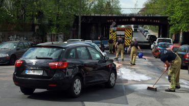 Unfall am Großenhainer Platz - Foto: Roland Halkasch