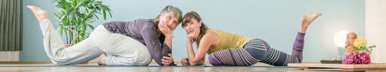 Annette (links) und Marlen leiten das Yoga-Studio gemeinsam. (Foto: Yogawaves)