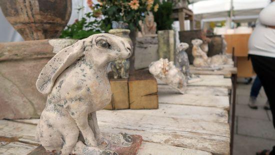 Keramischer Hase beim Keramikmarkt 2017