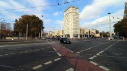 Albertplatz mit neuer Gleiskreuzung