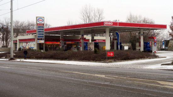Esso-Tankstelle an der Leipziger Straße