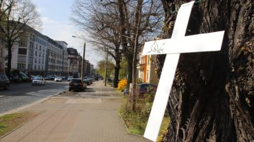 Mahnkreuze an der Königsbrücker Straße