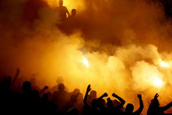 Begalos im Stadion - Foto: Fotolia.com; #224210673 | Urheber: fotosr52