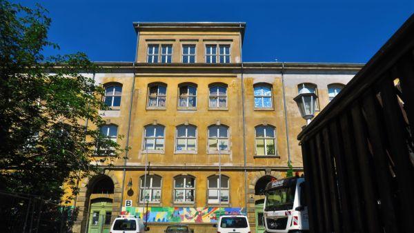 Haus B der Dreikönigschule - hier lernen die Grundschüler
