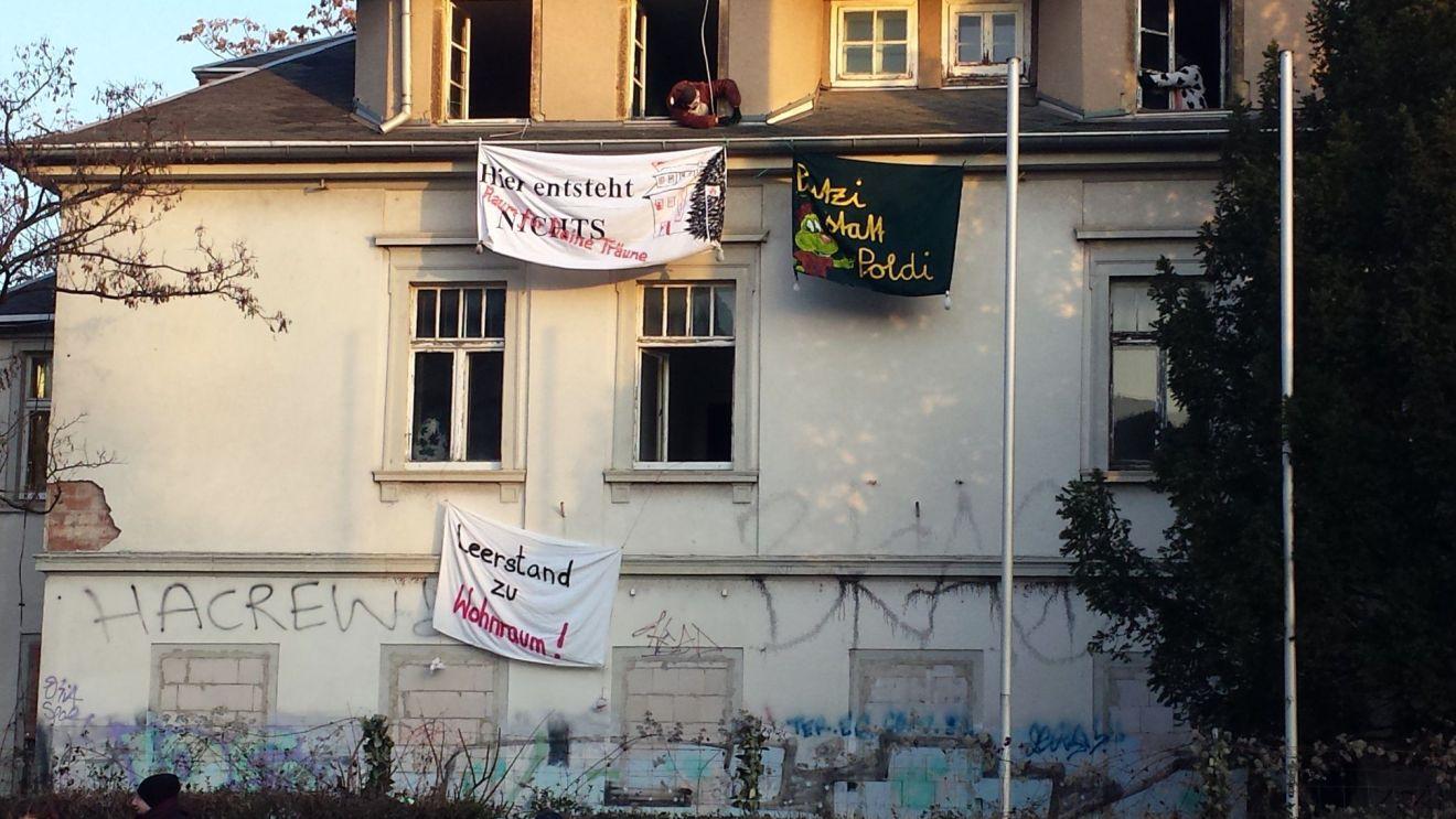 Besetztes Haus an der Königsbrücker Straße - Foto: Wir besetzen Dresden
