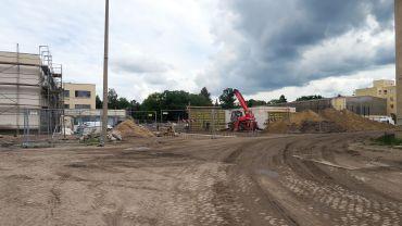 Auf dem Drewag-Gelände werden derzeit eine Schule und eine Kita gebaut - und Altlasten saniert.