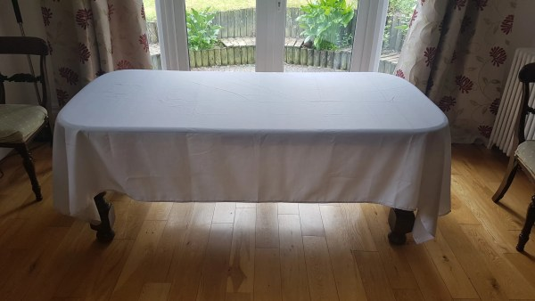 XL Tablecloth White Blank
