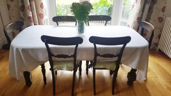 XL Tablecloth White 6 Seats