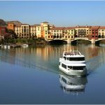 Christmas, cocktails, chocolate and cruising – the combination sets the stage for the Christmas Cocktail Cruise at the Lake Las Vegas