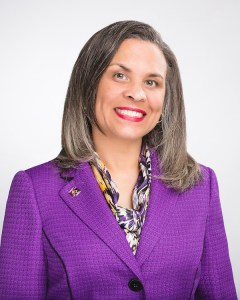 The Greater Las Vegas Association of REALTORS (GLVAR) has hired experienced real estate executive Donna Andrews as its chief operating officer.