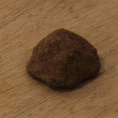 Mars Rock // Cement, Sand, Pigment, Glitter // 7 x 5 x 5 cm // 2015
