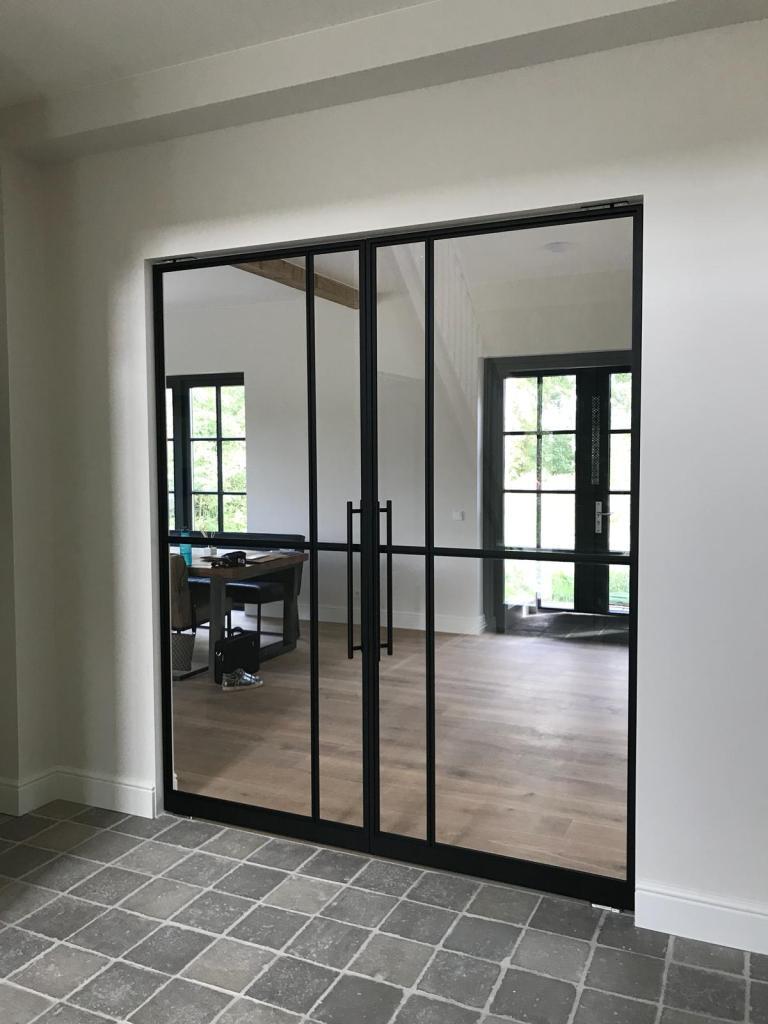 Stalen binnendeuren Limburg en Vlaams-brabant NEVEN ramen en deuren steellook binnendeuren aluminium steellook deur Emezzi