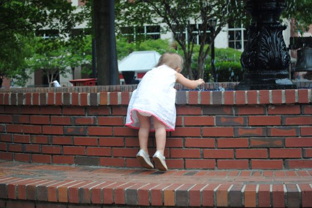 Baby at Marietta Square fountain