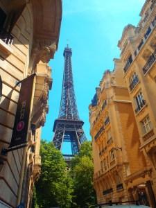 Never Ending Honeymoon   First sight of the Eiffel Tower, Paris