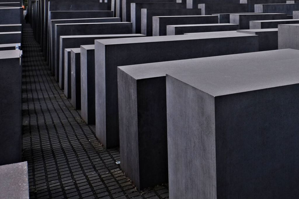 The Memorial to the Murdered Jews of Europe blocks neh