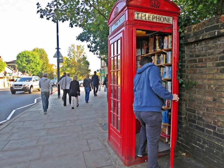 IMG_4125 telephone box