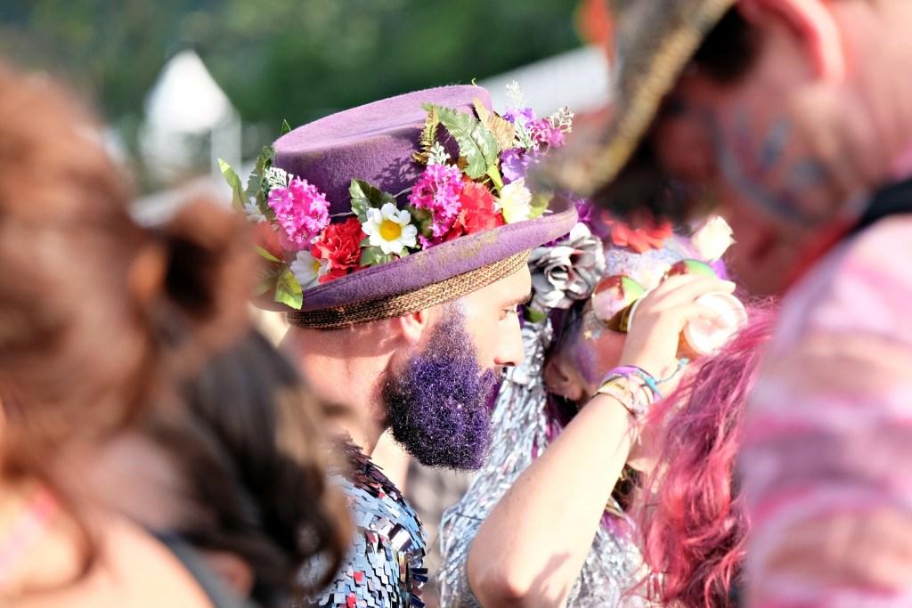 Glastonbury 2016 25 June Saturday evening Beat Hotel glitter beard WS