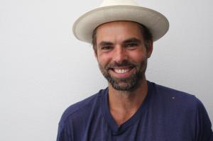 Jason Thompson, behatted and ready for laughter
