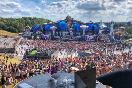 Tomorrowland main stage restaurant