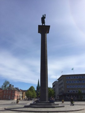 Olav Tryggvason Statue