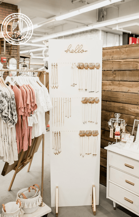 jewelry wall diy | Necklace holder | jewelry statement wall | jewelry organization diy | Never Skip Brunch by Cara Newhart | #decor #diy #jewelry #neverskipbrunch
