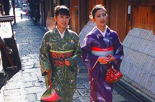 Gion District, Kyoto / photo: © JNTO