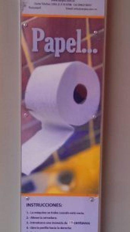 Gibt es auch: Automat für Toilettenpapier