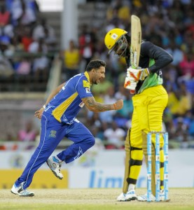 Chris Gayle was left wondering where it all went wrong for the Tallawahs while Ravi Rampaul and the Tridents sprinted into the CPL final © LatinContent/Getty