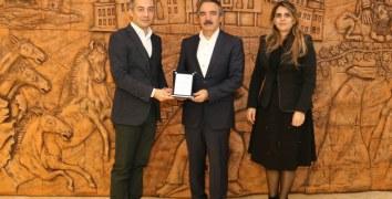 Nevşehir BİLSEM'den Rektör Bağlı'ya Teşekkür Plaketi