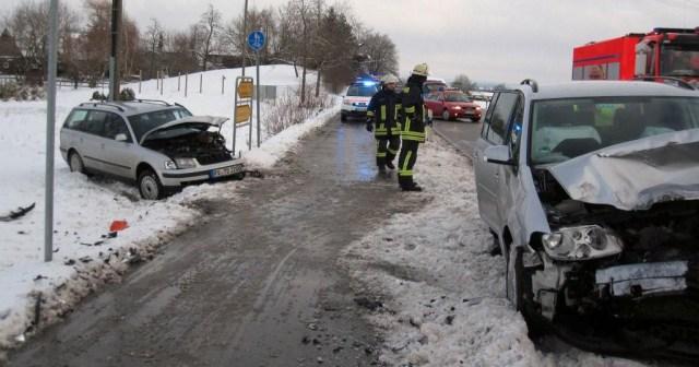 31-01-2013 ravensburg verkehrsunfall feuerwehr-ravensburg new-facts-eu