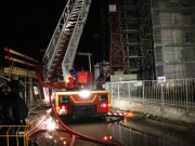 25-04-2013 kempten baustelle hochhaus dach brand feuerwehr-kempten pöppel new-facts-eu20130425 titel