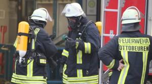 02-07-2013 unterallgau ottobeuren-maschinenbrand berger feuerwehr-ottobeuren poeppel new-facts-eu20130702 titel