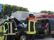 18-08-2013 unterallgaeu allgaeu-airport memmingerberg pkw-brand feuerwehr-memmingerberg poeppel titel