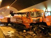 22-04-2014-bab-a96-kohlbergtunnel-erkheim-lkw-unfall-vollsperrung-feuerwehr-groll new-facts-eu titel