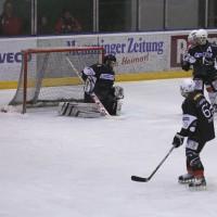 02-02-2014_eishockey_bayernliga-indians_ecdc-memmingen_esc-hassfurt_fuchs_new-facts-eu20140202_0031