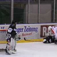 02-02-2014_eishockey_bayernliga-indians_ecdc-memmingen_esc-hassfurt_fuchs_new-facts-eu20140202_0096