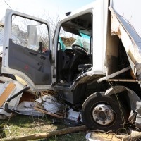 02-04-2014_lindau_oberreitnau_lkw_pkw_wohnwagen_unfall_schwerverletzte_groll_new-facts-eu20140402_0022