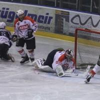 03-11-2013_memmingen_eishockey_indians_ecdc_ev-lindau_niederlage_fuchs_new-facts-eu20131103_0005