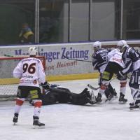 03-11-2013_memmingen_eishockey_indians_ecdc_ev-lindau_niederlage_fuchs_new-facts-eu20131103_0026